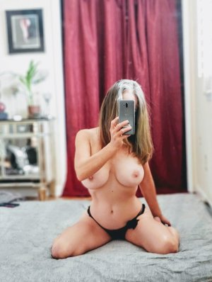Najoi nuru massage, call girl