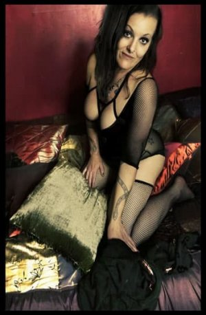 Ernestine erotic massage & live escort