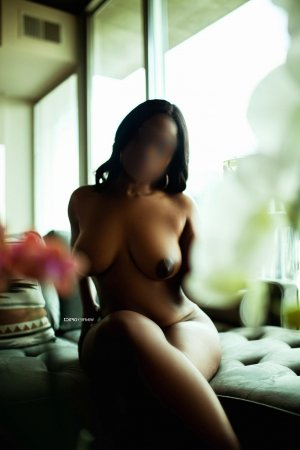 Alhena erotic massage & escort girl
