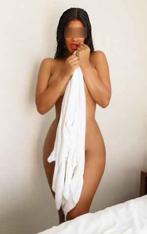Bahiya live escort in Blue Ash