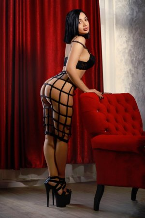 Nathacha live escort in Trenton & massage parlor