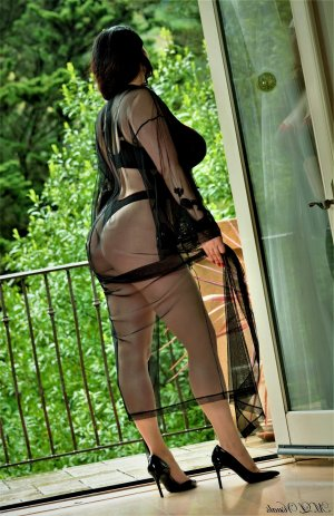 Shaima erotic massage in Upper Arlington, escort